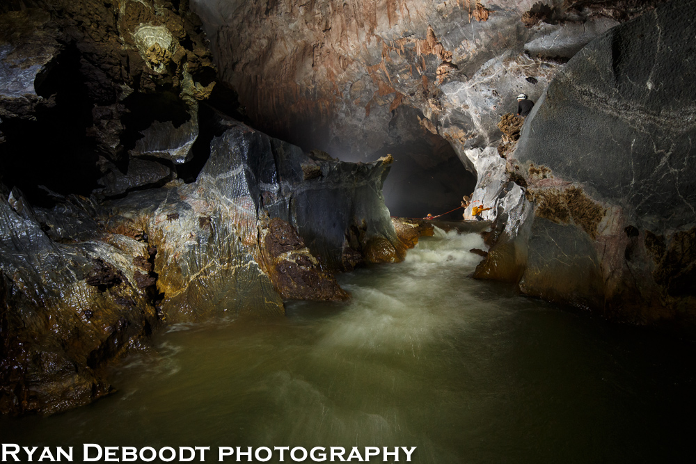 The first river crossing inside Hang Son Doong.